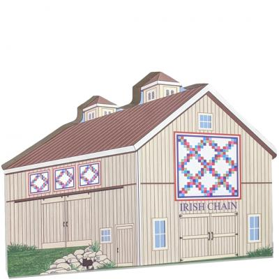 Double Irish Chain Quilt Barn detailed front handcrafted by Cat's Meow VIllage, USA