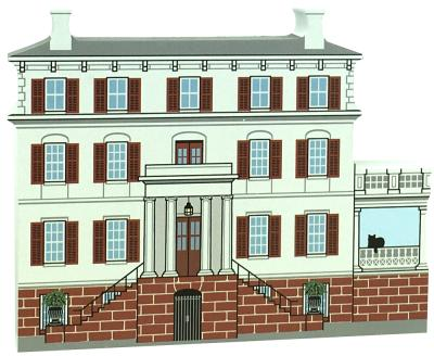 Wooden replica of Juliette Gordon Low home, in Savannah, GA. Add this to your home decor as a reminder of your Girl Scout days. Handcrafted in the USA by The Cat's Meow Village.