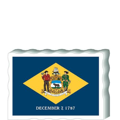 Slightly larger than a deck of cards, this wooden postcard version of the Missouri flag can fit into any nook around your home or workplace showing off your state pride! Handcrafted in the USA by The Cat's Meow Village.