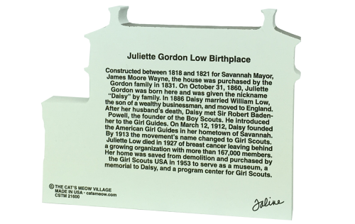 Back side of the wooden replica of Juliette Gordon Low home, in Savannah, GA. Add this to your home decor as a reminder of your Girl Scout days. Handcrafted in the USA by The Cat's Meow Village.