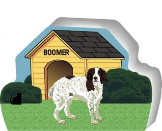 English Springer Field Spaniel can be personalized with your dog's name on the dog house