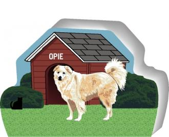 Great Pyrenees can be personalized with your dog's name on the dog house