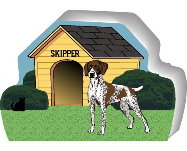 German Shorthair Pointer can be personalized with your dog's name on the dog house
