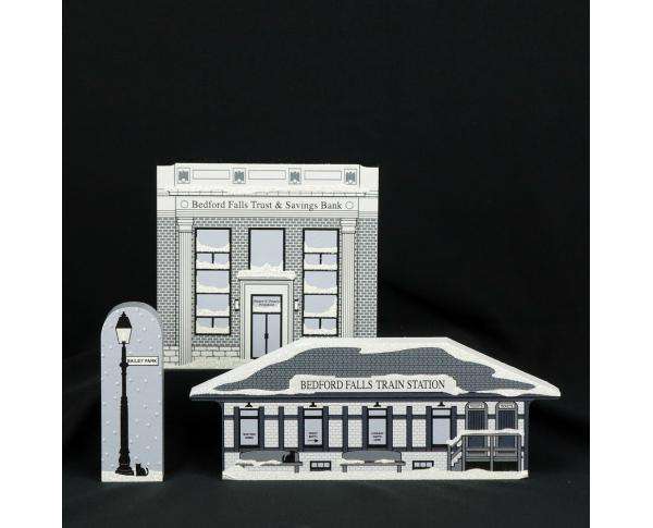 Three piece It's A Wonderful Life Cat's Meow Village set added to compliment the original 7 pc collection.