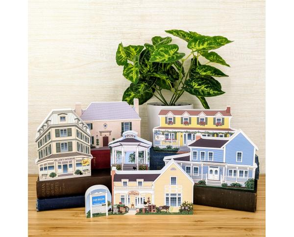 Complete 7 pc Stars Hollow village collection let's you play Gilmore Girls at home! Handcrafted in the USA by The Cat's Meow Village