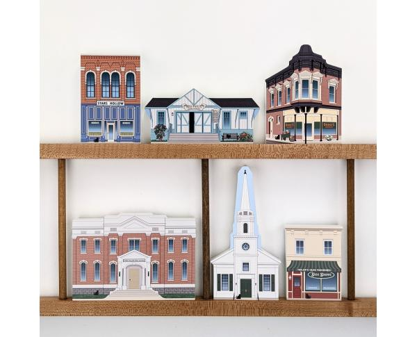 2021 edition of Gilmore Girls Stars Hollow available as a set. Also available 7 pcs from 2020. handcrafted in the USA by The Cat's Meow Village.