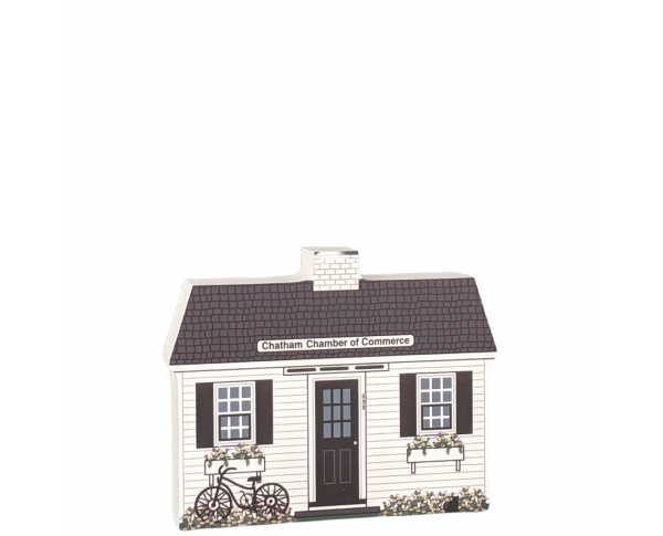 Add this perky little replica of Chatham Chamber of Commerce, Chatham, Cape Code, Massachusetts, to your village!  Handcrafted in the USA by Cat's Meow Village.