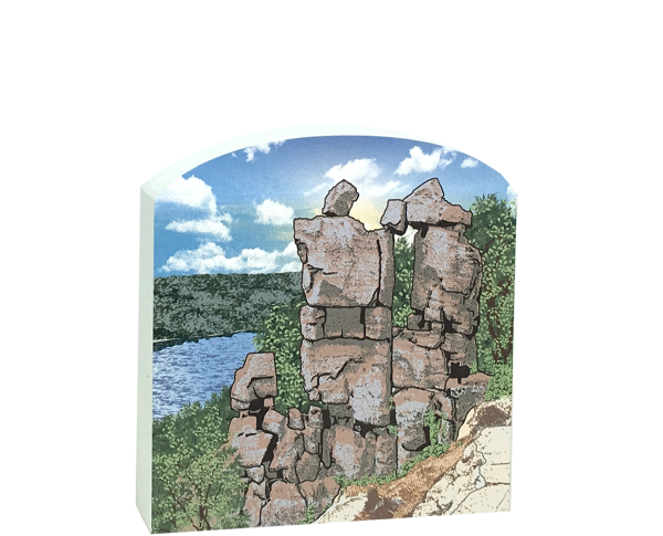 Wooden replica of Devil's Doorway in Devil's Lake State Park, Wisconsin. Add it to your home decor to remember the hike you took to see it. By The Cat's Meow Village.