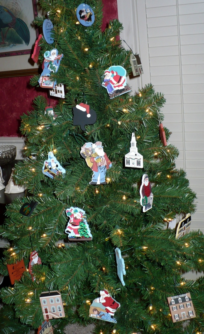 Christmas tree, christmas, cat's meow ornaments